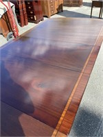 MAHOGANY BANDED DINING ROOM TABLE;  POSIBLY