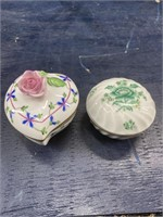 2 HEREND HUNGARY TRINKET BOXES WITH LIDS