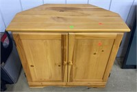 Tv Stand/ Cabinet 31x17x26