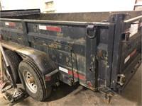 Trailer with hydraulic dumping box