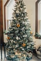 Beautiful Tree Sponsored by Nu-Way Kitchens