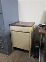 Metal Cabinet with One Sliding Drawer