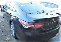 59725 - 2019 Toyota Camry, 4090 miles, wrecked