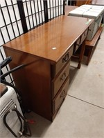 Vilas Wooden Desk