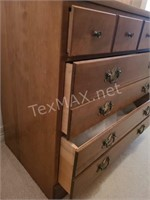 Ethan Allen 3-Drawer Dresser