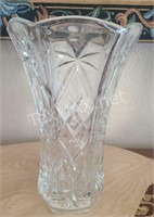 Crystal Vase 10in
