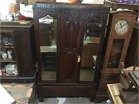 Santa Paula High End Antique Auction