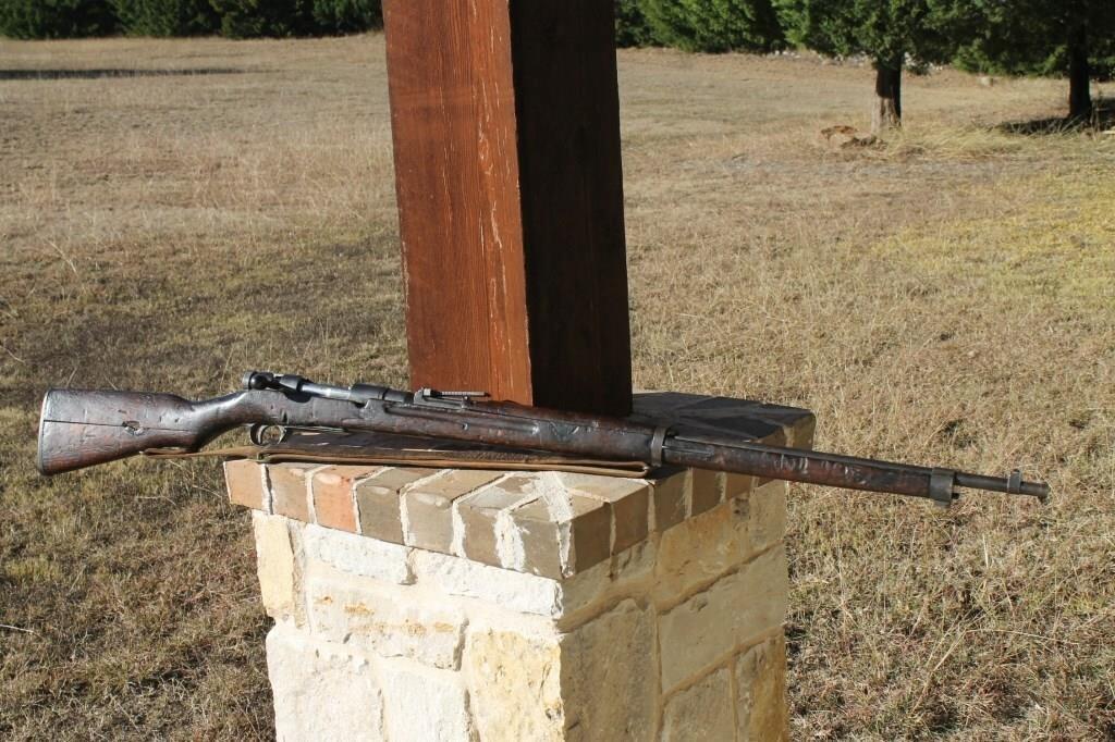 WW2 Japanese Arisaka Type 38 Rifle With Sling