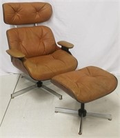Vintage Plycraft lounge chair & ottoman