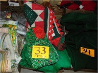 Local Estate Online Auction #2 Holiday Decor