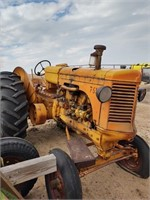 Minneapolis Moline, Twin Cities Tractors, Dump Rake, Running