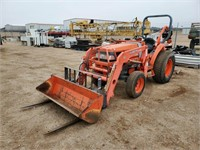 2013 Kubota L3010D Utlitly Tactor
