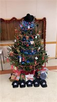 Christmas tree by Springhill Auctioneers