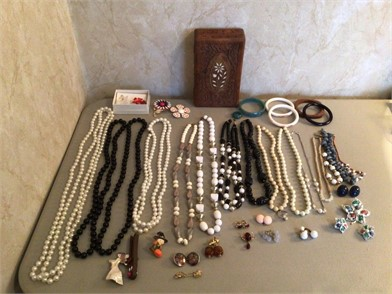 Costume Jewelry Other Items For