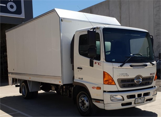 2014 HINO 500FC1022