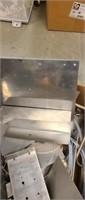 Estate lot of miscellaneous aluminum