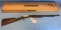 TAURUS MODEL 72