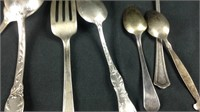 8 miscellaneous pieces of sterling silver