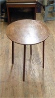 26 inch wooden Round Table