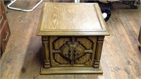 Small vintage end table