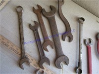 HAND WRENCHES