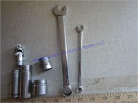 TOOLS SOCKETS