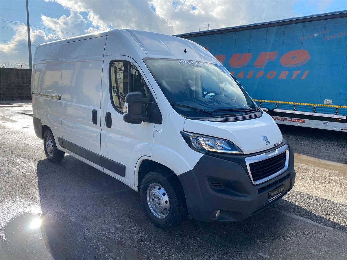 Peugeot BOXER Vans Used by TBSI