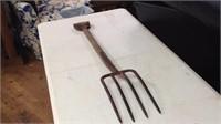 41 inch pitch fork