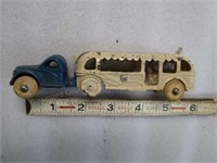 """Cast iron Arcade Toy Co. 5-1/2"""" - 1933-34 - Chica"""