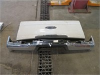 Late Model Ford Tailgate & Bumper