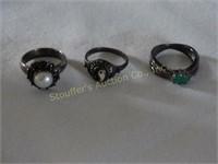 Wanda Albert Jewelry & Beanies