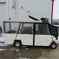 6 person Columbia Golf cart Gas engine