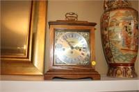 HOWARD MILLER MANTLE CLOCK WITH KEY