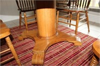 """ANTIQUE OAK DINING TABLE AND FIVE CHAIRS, 52"""""""