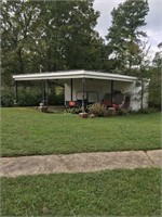 3Br Brick Home & Store on 3 AC