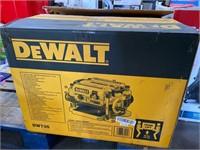 DEWALT 13-in W 15-Amp Benchtop Planer