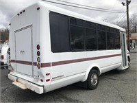 2007 Ford E450 20 Pass Bus
