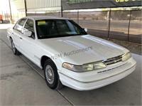 1997 Ford Crown Victoria SDN