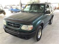 2000 Ford Explorer SUV