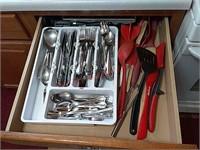 Silverware & utensils