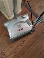 Cordless shark sweepervacuum - works