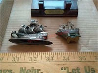 4 small ships