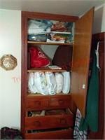 Contents of bedroom built in