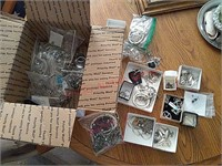 Assorted jewelry, some sterling