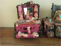 4 music box figurines