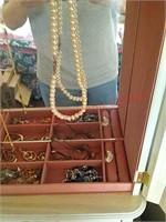Jewelry box w/contents