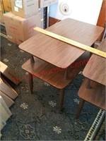 2 vintage side tables