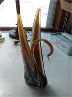 Decorative glass swan paperweight