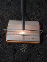Casabella floor sweeper