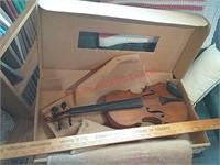 Violin wall decor